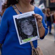 Exigieron justicia por la docente lomense que murió a la espera de una medicación