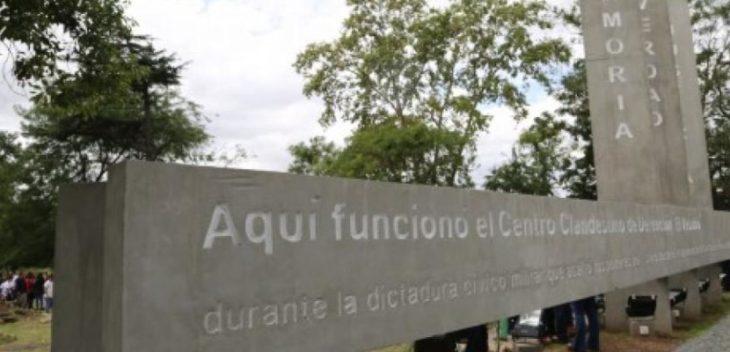 Repudios y escraches para el represor libre en Adrogué