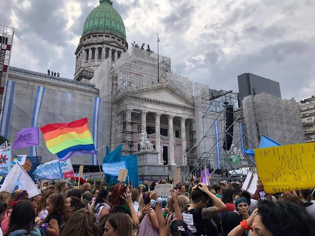 9F: Los feminismos marcharon al Congreso por el Día Internacional de la Mujer Trabajadora