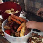 El comedor de Lomas de Zamora que tiene que pedir ayuda en panaderías y kioscos