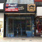 Tras los cierres por la cuarentena, el comercio en Lomas intenta reactivarse