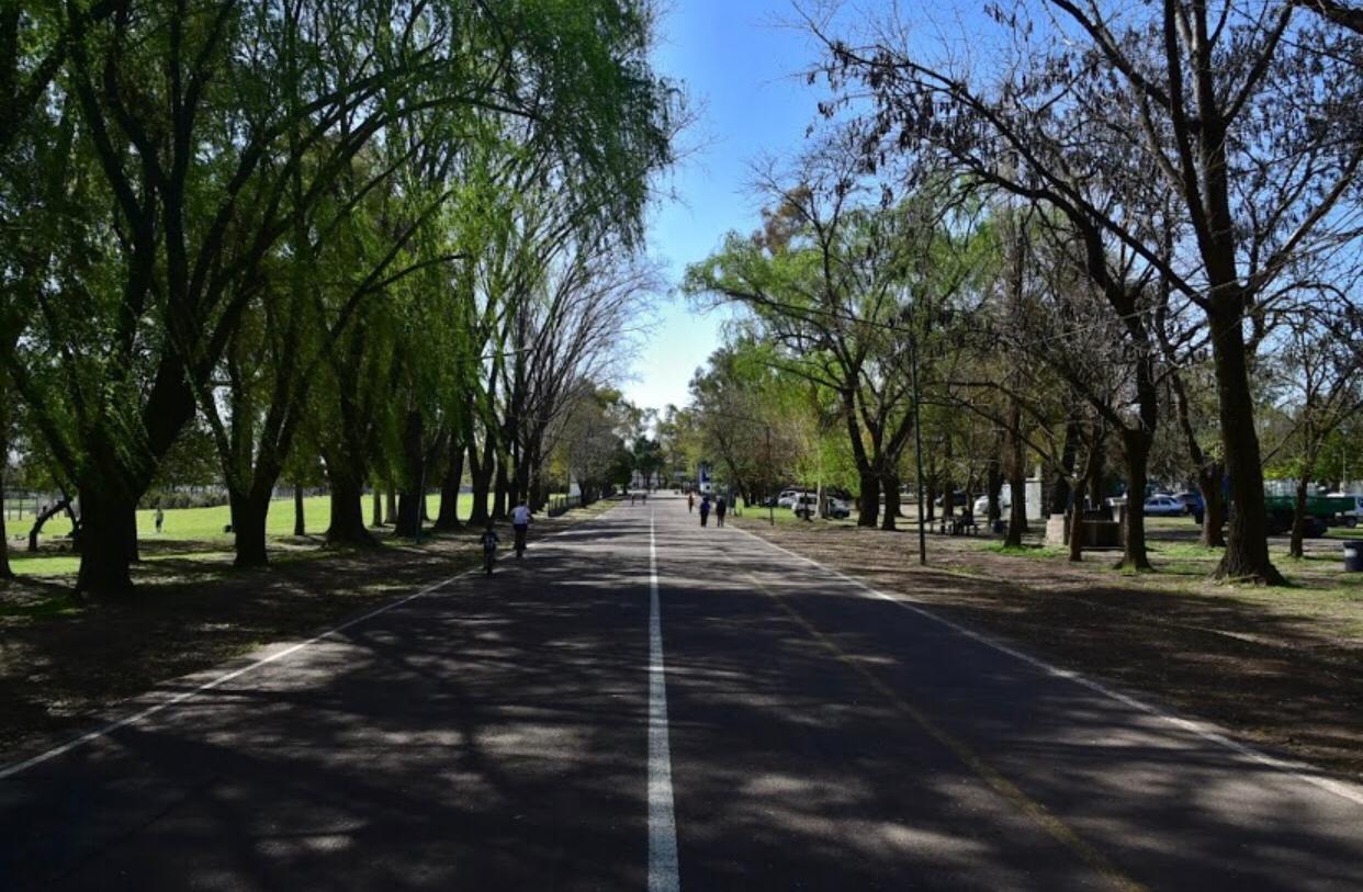 Vecinos de Lomas de Zamora piden el cese de construcciones en espacios verdes