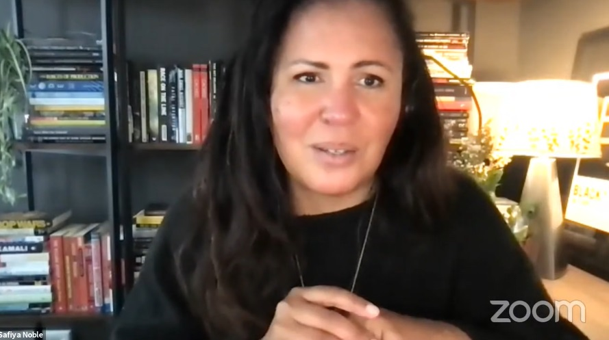 """Safiya Noble: """"Hay que cambiar el pensamiento de que la inequidad social a nivel mundial se va a solucionar con un dispositivo"""""""