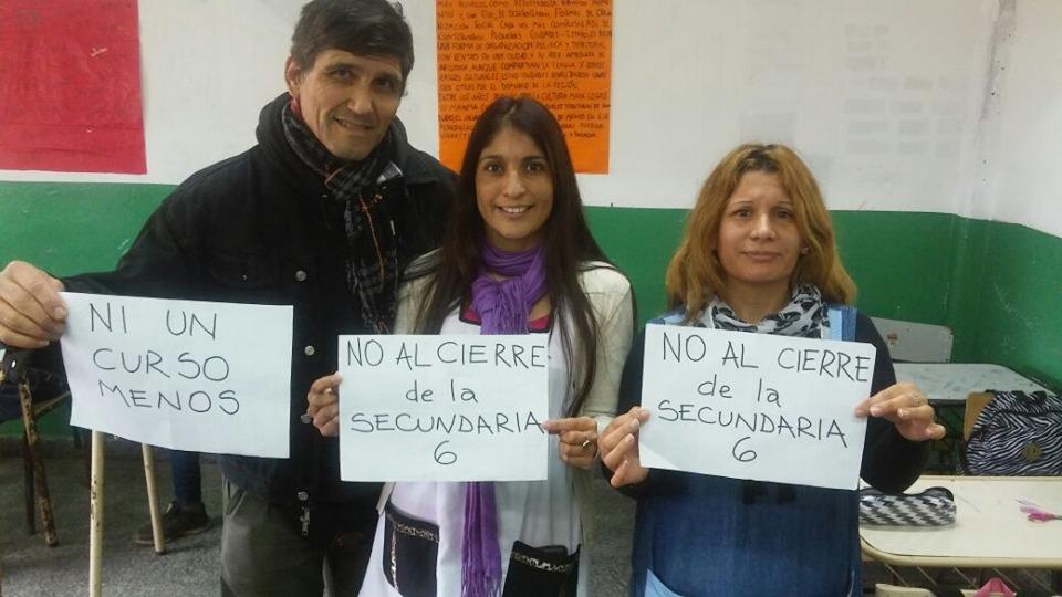 Docentes de solidarizan con la lucha de la escuela 6.