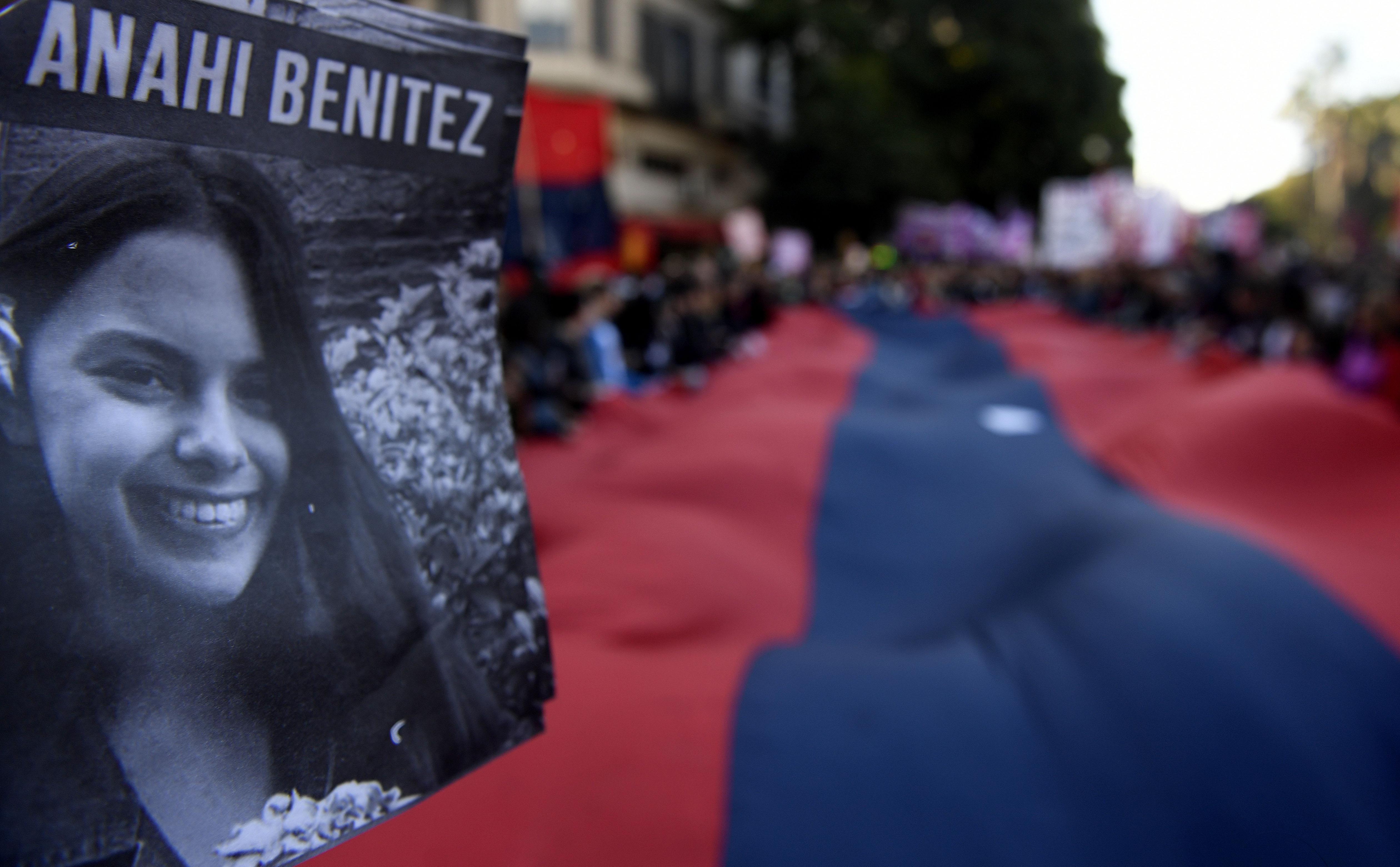 Marcha al Congreso para pedir justicia por Anahí Benítez.