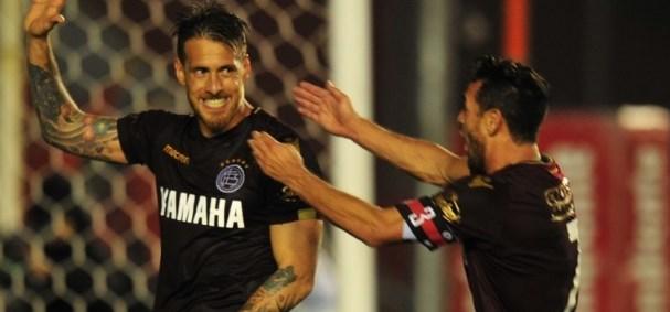 Triunfo agónico de Lanús sobre Independiente