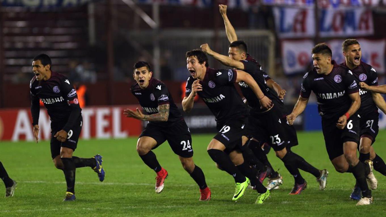 Lanús dio vuelta la serie e hizo historia en la Libertadores