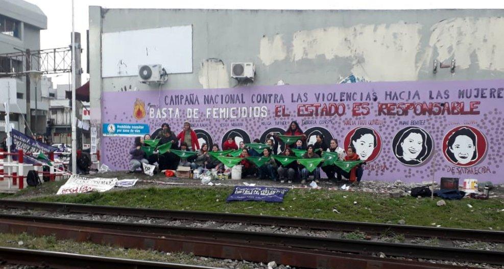 mural-con-las-chicas.jpg