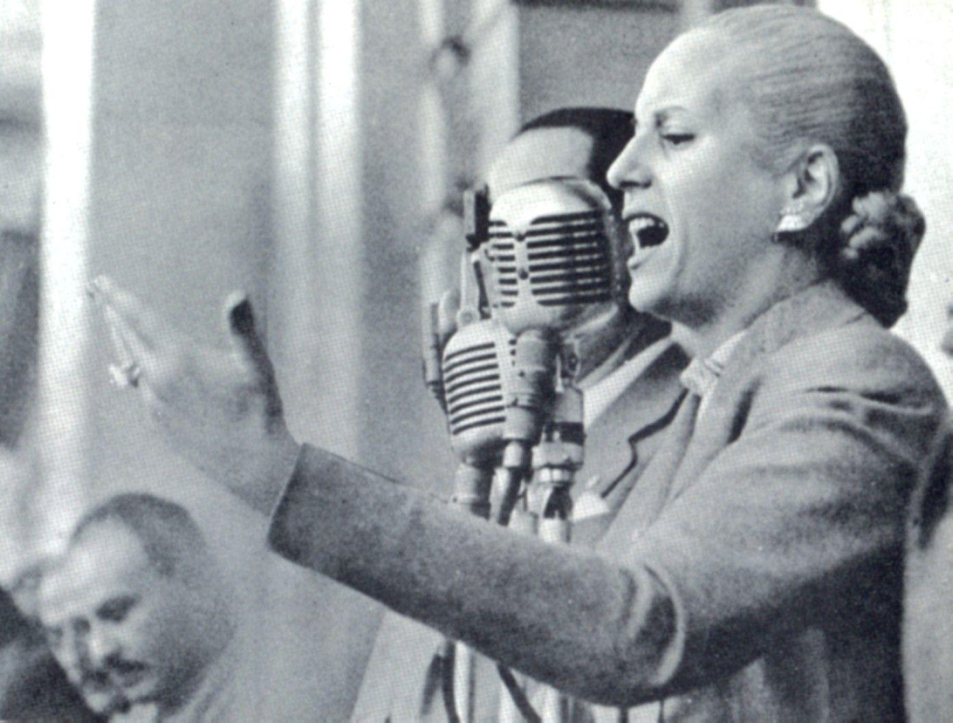 101 años de Evita, 101 frases combativas y amorosas para sacudir la historia