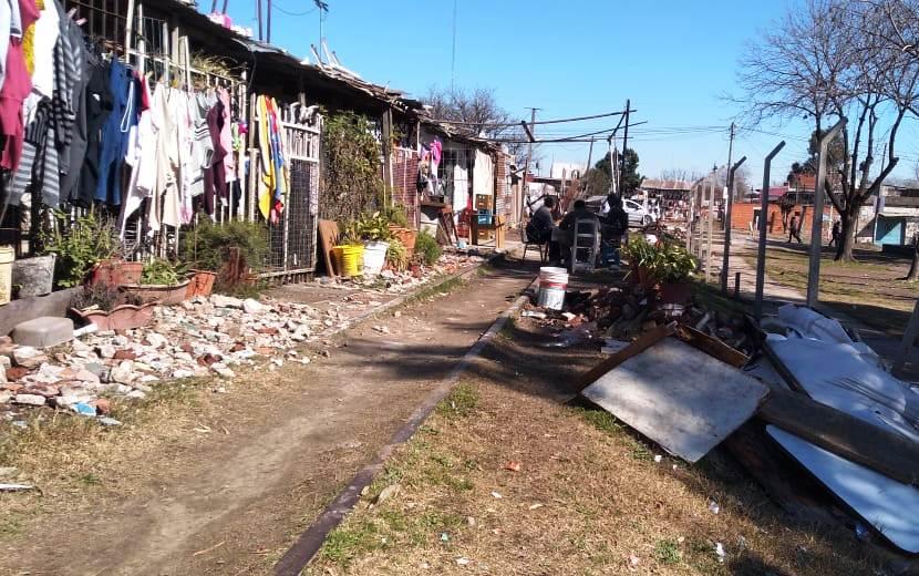 Un tramo del Ferrocarril Belgrano Sur en la localidad de Ingeniero Budge.