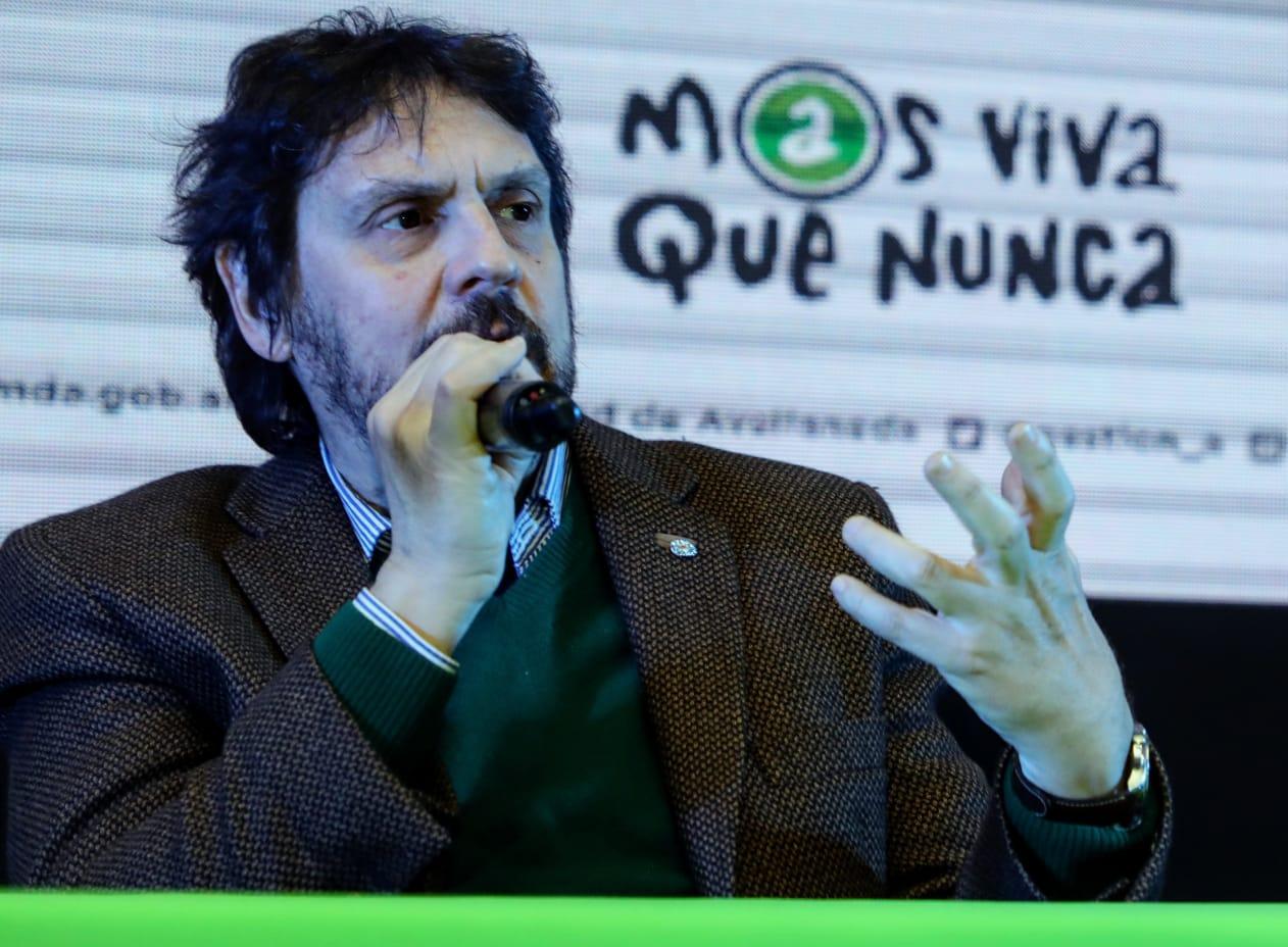 Felipe Pigna: «Sin las mujeres faltaba la mitad de la historia»