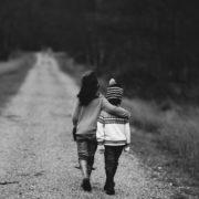 La AUH logró paliar pero no revertir los índices de pobreza infantil