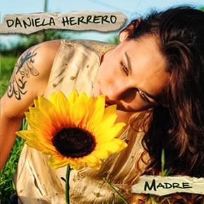 Daniela Herrero en Lomas
