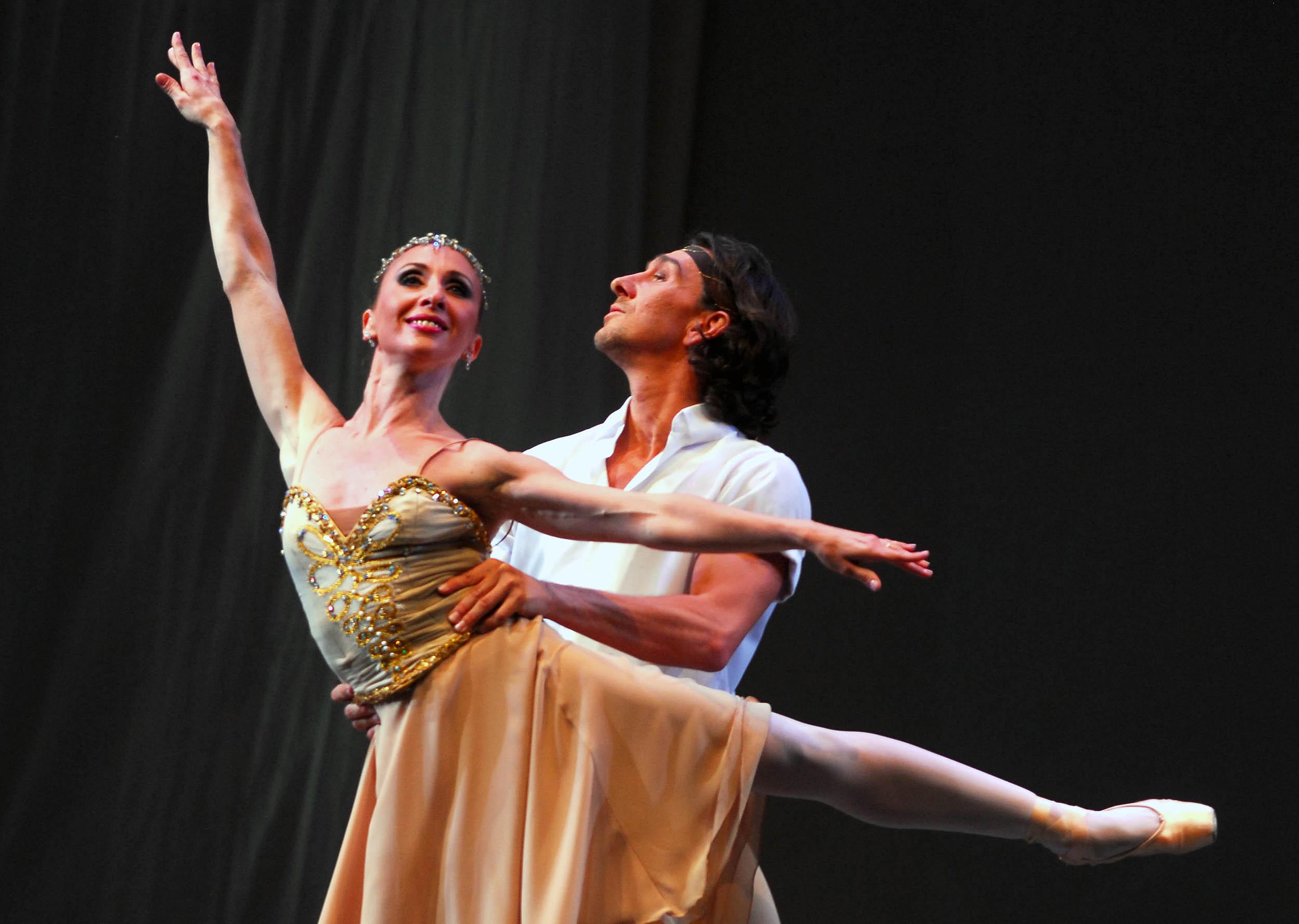 """""""No me deja el ballet a mí, sino que yo lo dejo a él"""""""