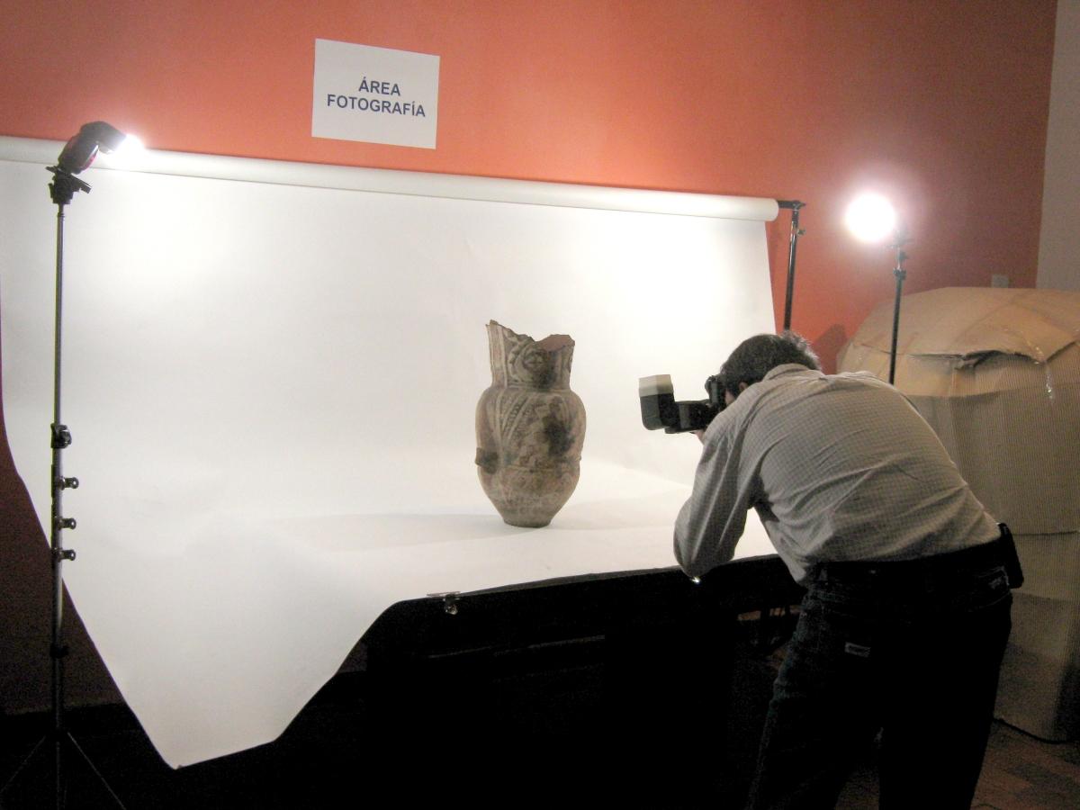 El trabajo de restauración en el Museo Americanista de Lomas de Zamora