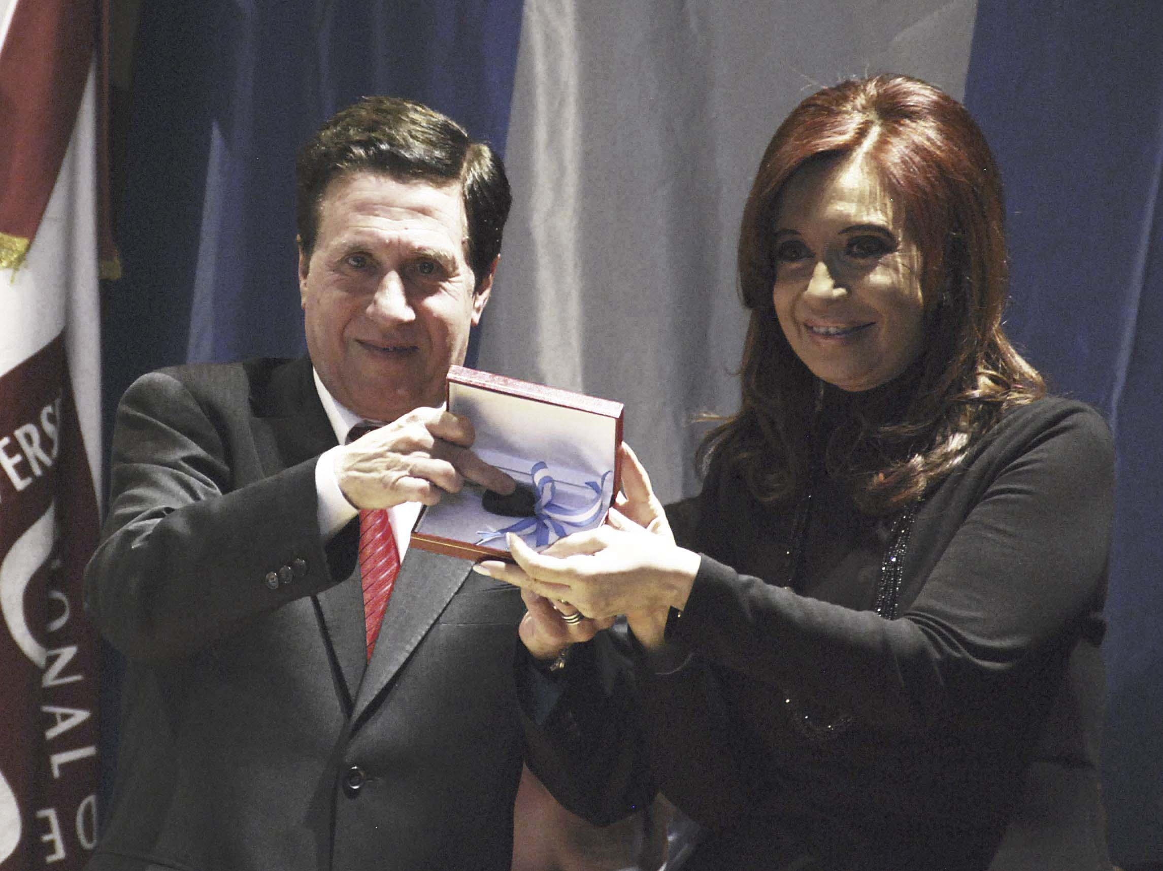 Cristina inauguró un laboratorio en la Universidad de Lanús