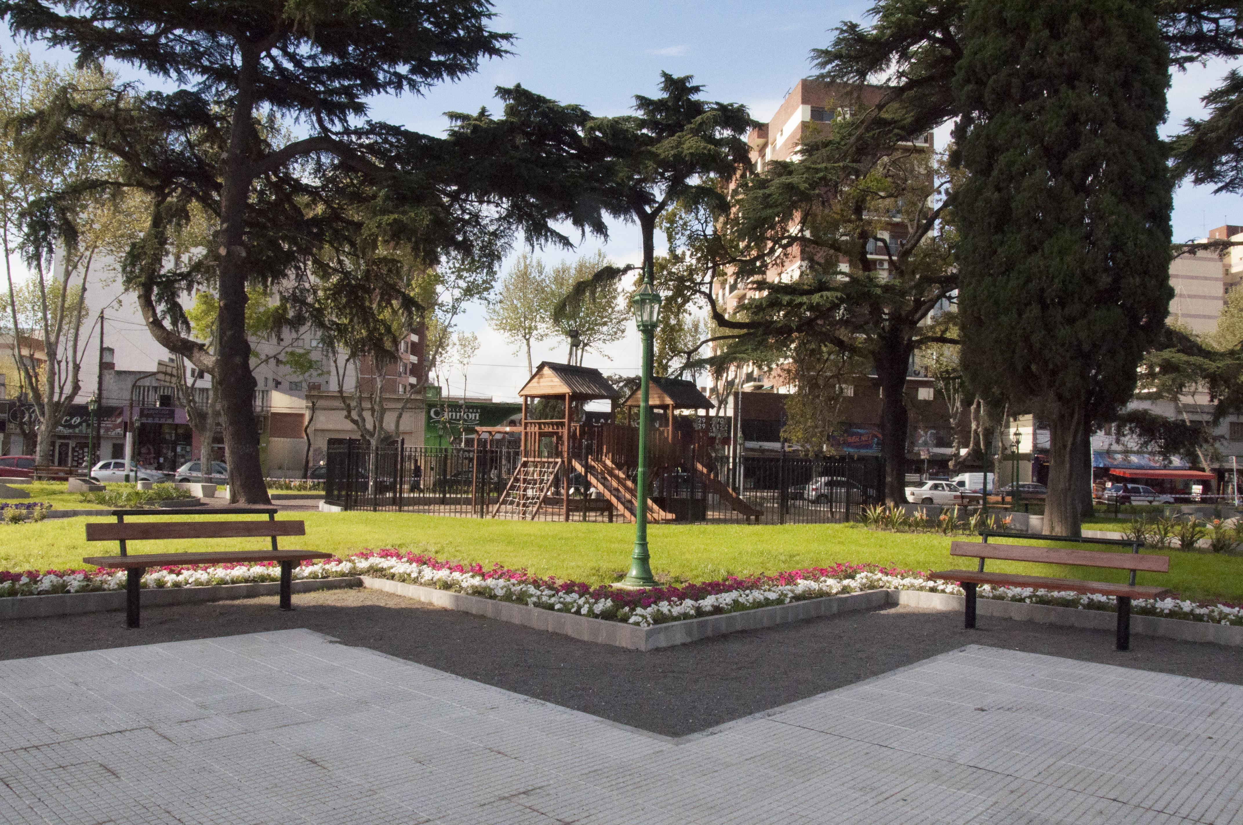 La plaza Santamarina recobró su viejo esplendor