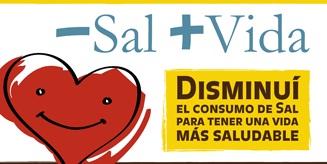 Firman acuerdo para bajar el consumo de sal en las comidas